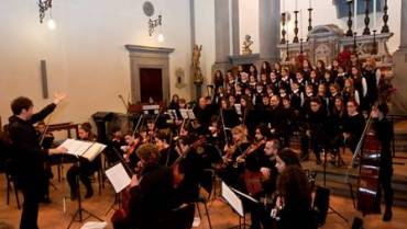 """Concerto per l'Epifania: Orchestra Stefano Tamburini e Coro di Voci Bianche """"Bonamici"""" di Pisa"""